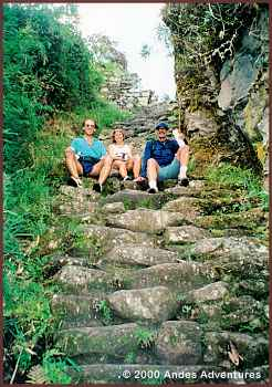 Inca Trail before Intipunko